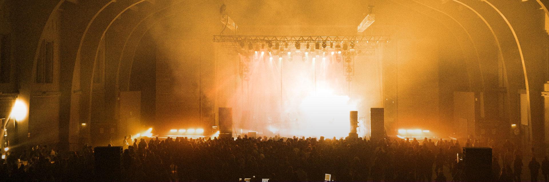 GrandeHalle-Concert-Sepia